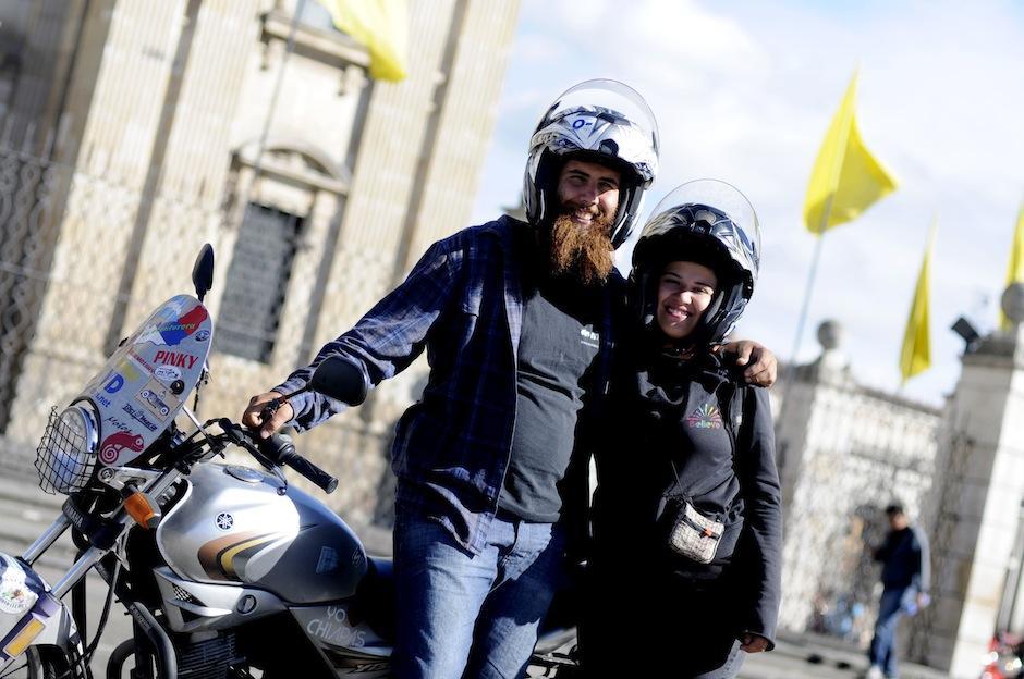 A sus 24 y 23 años, los argentinos viven grandes aventuras día a día. (Foto: Esteban Biba/Soy502)