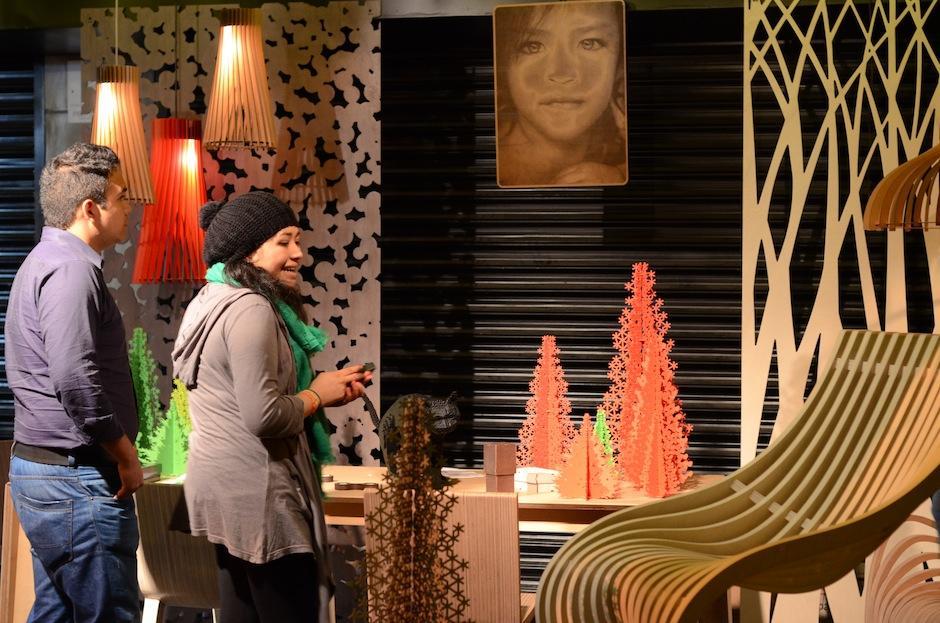 La galería Piegatto mostró el trabajo del arquitecto y diseñador industrial Alejandro Estrada. (Foto: Selene Mejía/Soy502)