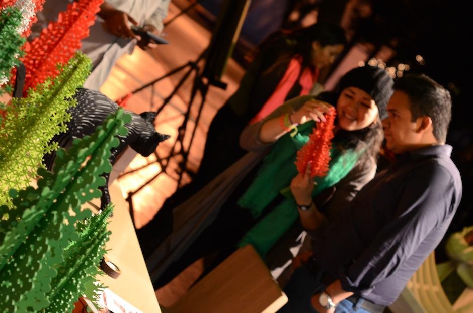 El espíritu navideño no faltó en esta exposición urbana. (Foto: Selene Mejía/Soy502)
