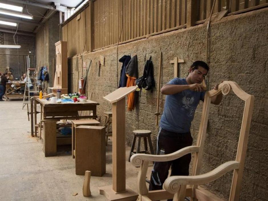 Las piezas únicas son elaboradas en el taller del escultor y pintor mexicano Agustín Parra. (Foto: EFE)