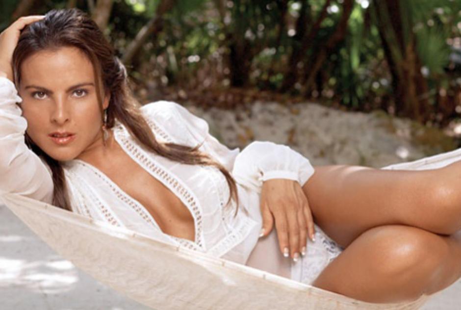 Kate del Castillo tiene 42 años, y es la envidia de muchas mujeres debido a que conserva una figura espectacular.
