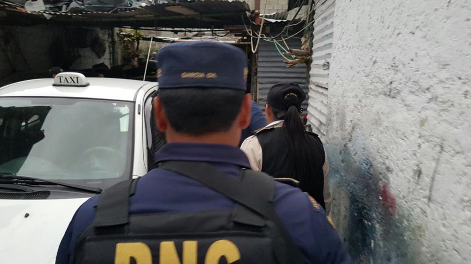 Las autoridades detuvieron a diez presuntos asaltantes de turistas extranjeros.  (Foto: @PNCdeGuatemala)