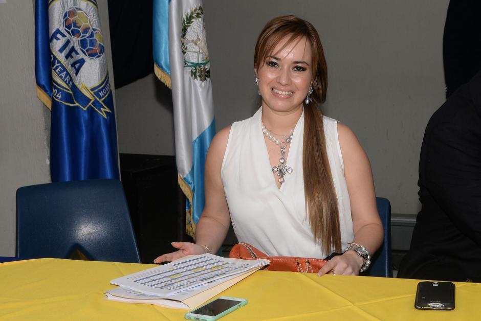 La señora Meléndez es administradora de empresas y madre de tres hijos (Laura Irasema, Patricio de Jesús y Nelly Matilde).(Foto: Byron de la Cruz/Nuestro Diario)