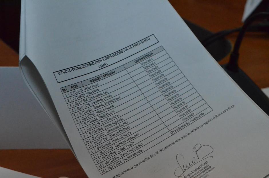 Este es el listado de asistentes a la reunión del 5 de noviembre. (Foto: cortesía José Castro)