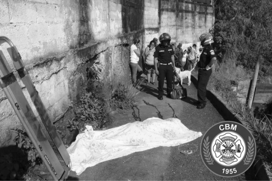 Un hombre de aproximadamente 59 años fue atacado a balazos en la zona 3 capitalina.  (Foto: @bomberosmuni)