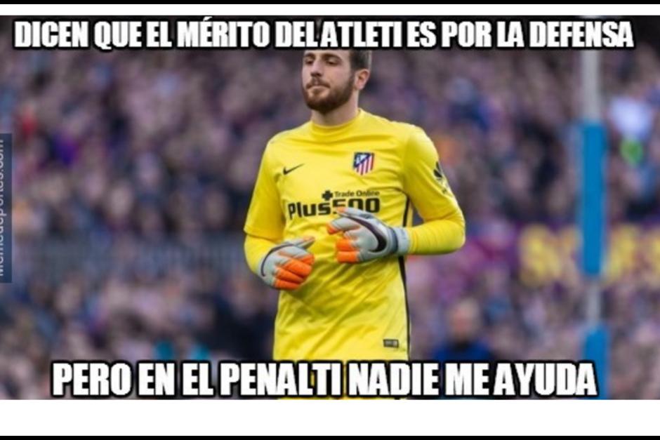 El portero del Atlético de Madrid detuvo un penal. (Foto: MemeDeportes)
