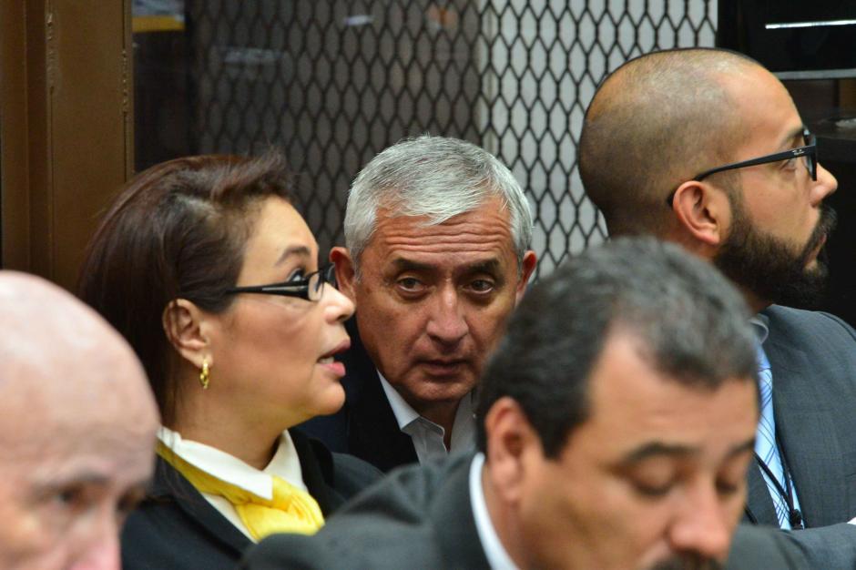 Baldetti y Pérez pudieron hablar, ¿qué se habrán dicho? (Foto: Jesús Alfonso/Soy502)
