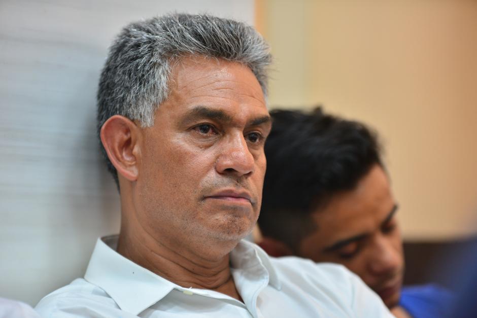 Carlos Muñoz lucía cansado durante la audiencia. (Foto: Archivo/Soy502)