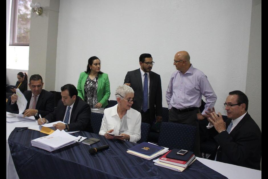 Los miembros del Comité de Regularización de la Fedefutbol, fueron suspendidos seis meses. (Foto: Soy502)