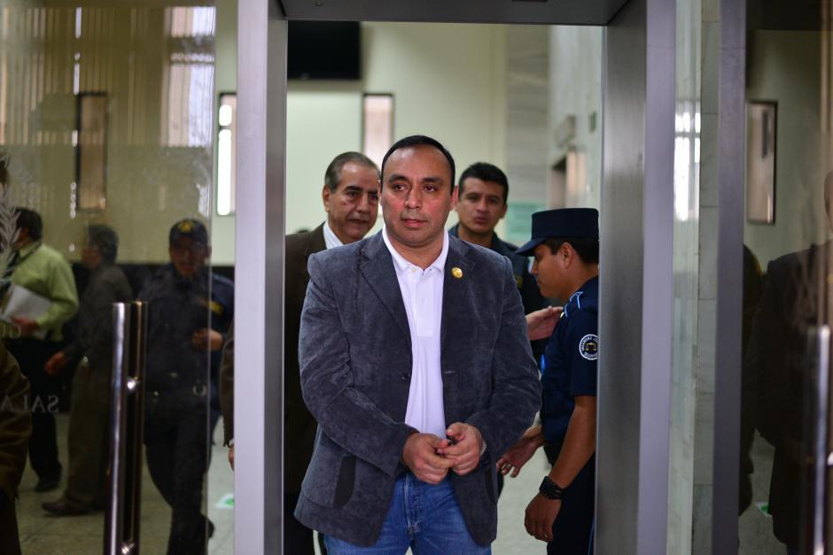 El convicto Byron Lima asegura que sus bienes fueron adquiridos de manera lícita, mientras el MP no acciona aún para extinguir las casas y carros. (Foto: Wilder López/Soy502)
