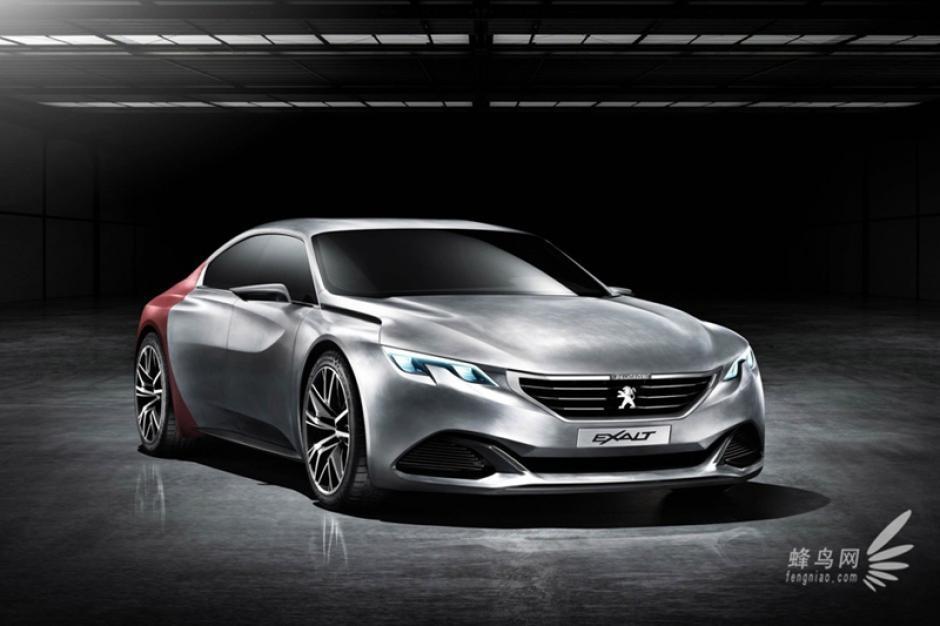 Peugeot Exalt Concept: Un exuberante sedán deportivo de cuatro puertas, aparentemente muy en la línea de esa nueva generación de berlinas con rasgos de coupé. (Foto:diariomotor.com)