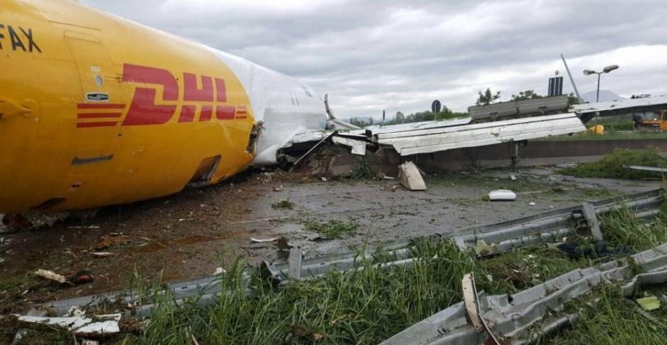 El incidente del avión no provocó víctimas. (Foto: @MaddalenaBerbenni)