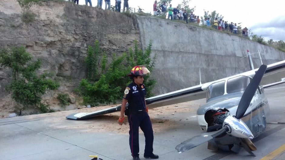 La avioneta se dirigía hacia Honduras. (Foto: Bomberos Municipales Departamentales)