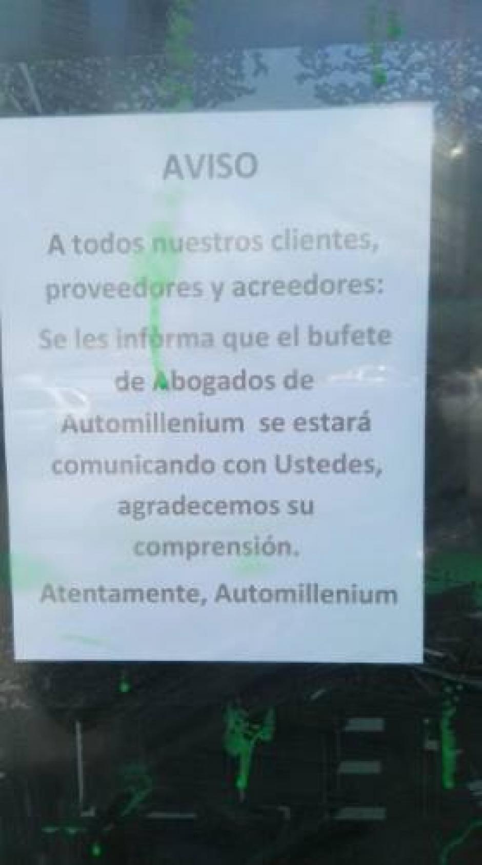 Por parte de la empresa colocaron un anuncio que sus abogados se pondrán en contacto con los propietarios de los vehículos. (Foto: Facebook)
