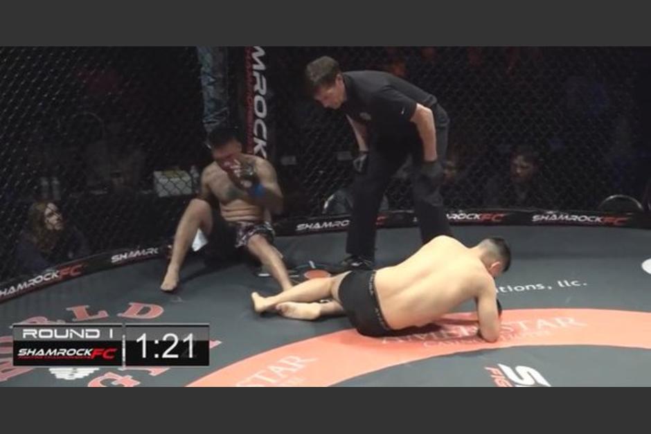 doble nocaut en MMA foto