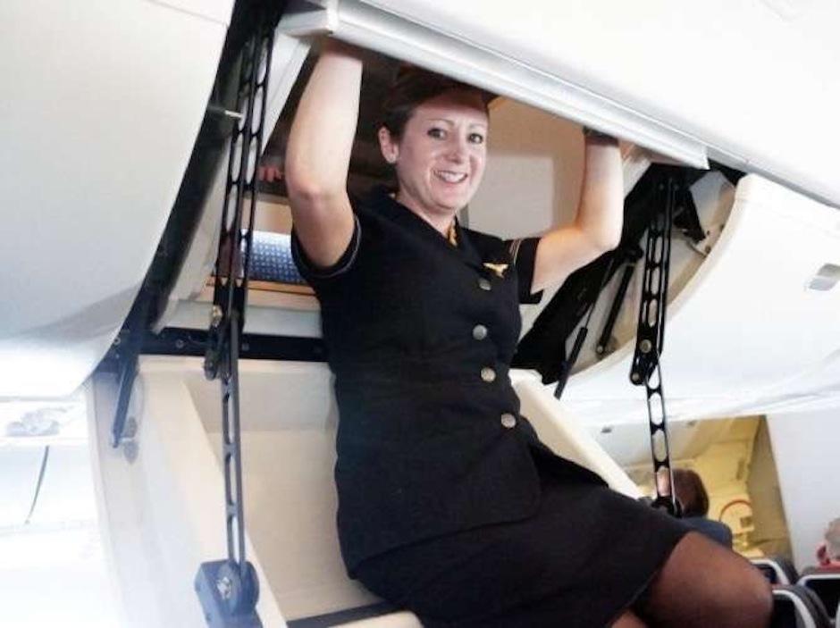 Estás a punto de ingresar a las habitaciones secretas de los tripulantes de los aviones. (Foto: The Chive)