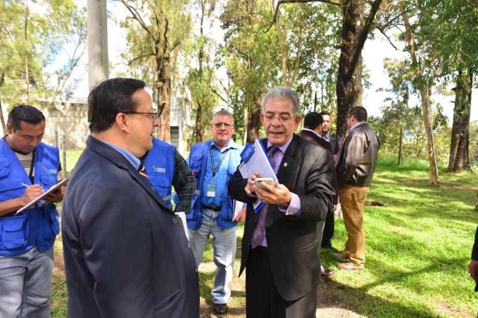 El director del Sistema Penitenciario acompañó al juez Miguel Ángel Gálvez. (Foto: Jesús Alfonso/Soy502)
