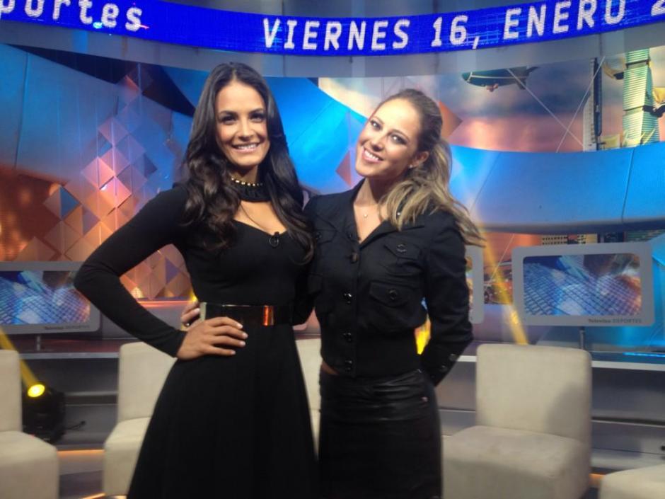Gina Holguín y Vanessa Huppenkothen, reporteras de Televisa Deportes, manifestaron que no quieren hacer notas de color en la Copa Oro por los aficionados mano larga. (Foto: Televisa)