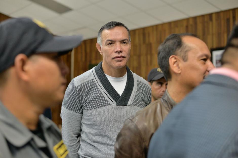 El expresidente del IGSS, Juan de Dios Rodríguez, a su llegada a la Sala de Vistas.  (Foto: Wilder López/Soy502)
