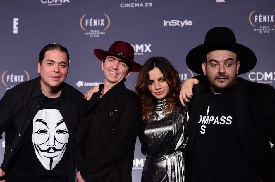 Camilo Lara, Toy Sectah y Adrián Dárgelos se unieron en el escenario. (Foto: Selene Mejía/Soy502)