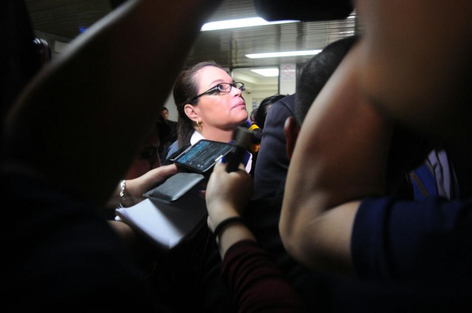 La exvicepresidenta Roxana Baldetti llegó a Tribunales por el Caso Lago de Amatitlán. (Foto: Alejandro Balan/Soy502)