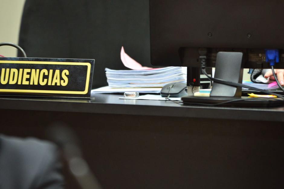 La asistente de Gálvez recibió el chocolate, pero no lo comió. (Foto: Jesús Alfonso/Soy502)