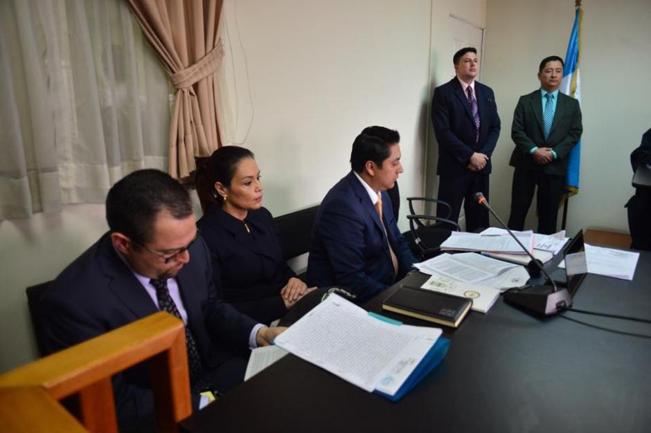 El abogado Mario Cana presenta los argumentos de su defendida. (Foto: Jesús Alfonso/Soy502)