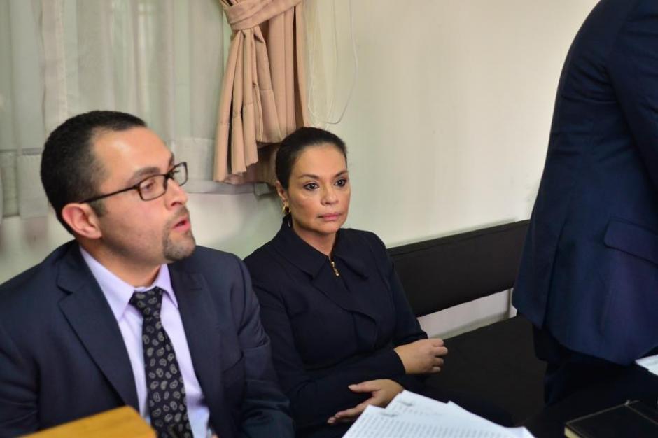 Baldetti lució delgada y demacrada a su llegada a Tribunales.(Foto: Jesús Alfonso/Soy502)