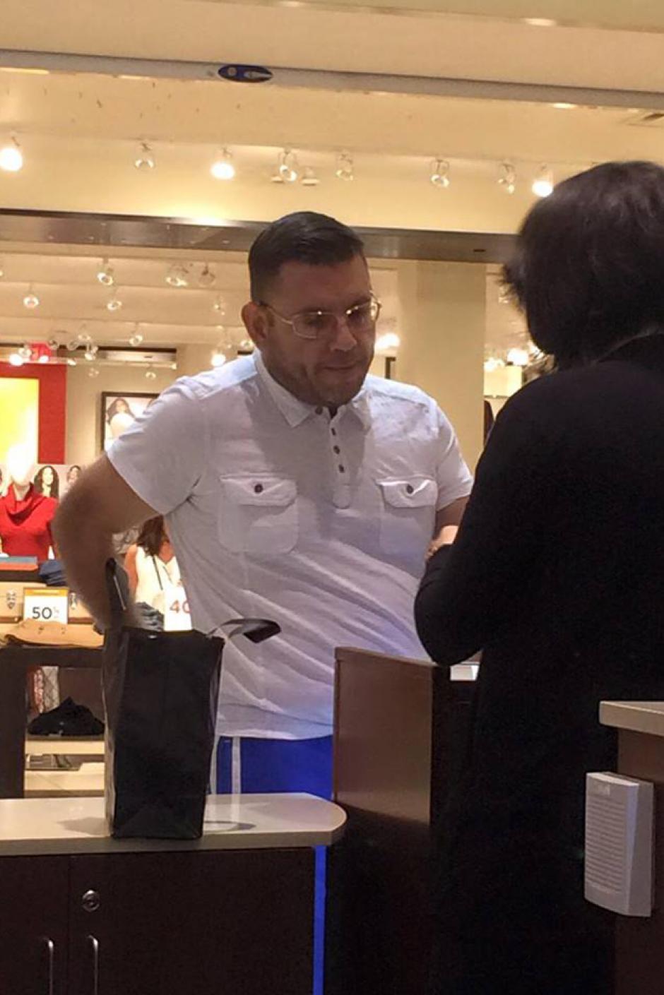 Manuel Baldizón, ex candidato por el partido Lider, supuestamente fue visto en un centro comercial en Miami, Estados Unidos. (Foto: Redes Sociales)