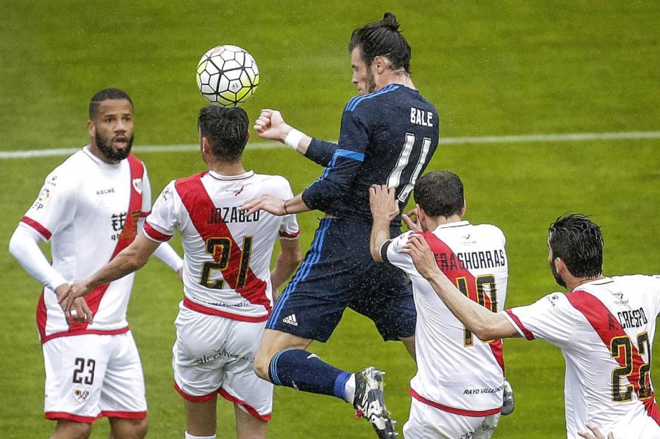Gareth Bale hizo un doblete que ayudó al Madrid a remontar ante el Rayo. (Foto: okdiario.com)
