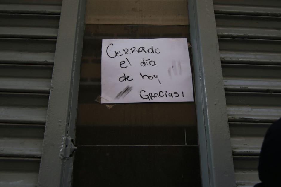 El banco reportó el robo a las 10 de la mañana. (Foto: Alejandro Balán/Soy502)