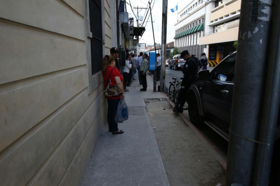 El lugar es transitado por cientos de personas todos los días. (Foto: Alejandro Balán/Soy502)