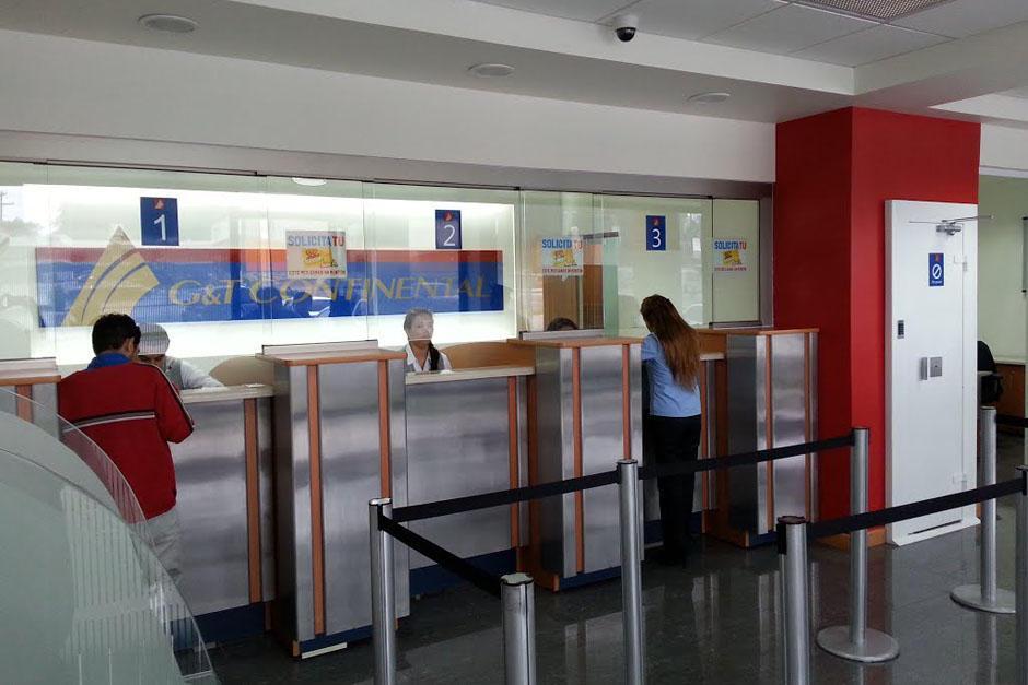 La Superintendencia de Bancos autorizó que las agencias cierren el lunes 15 de agosto. (Foto: Archivo/Soy502)