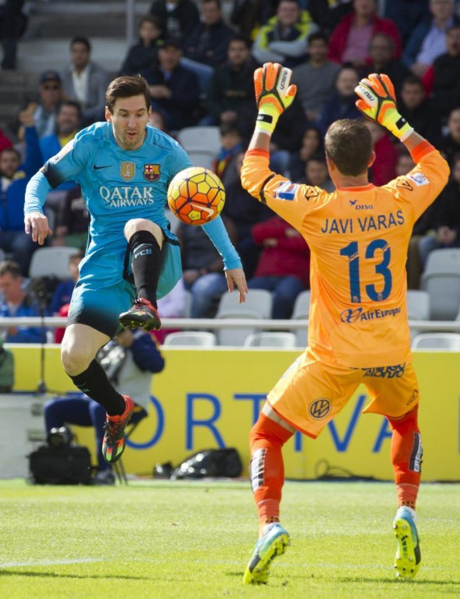 Esta vez, Messi se quedó con las ganas de anotar. Estuvo cerca de hacerlo para la segunda diana del Barcelona, pero el portero rival evitó que marcara. (Foto: AFP)