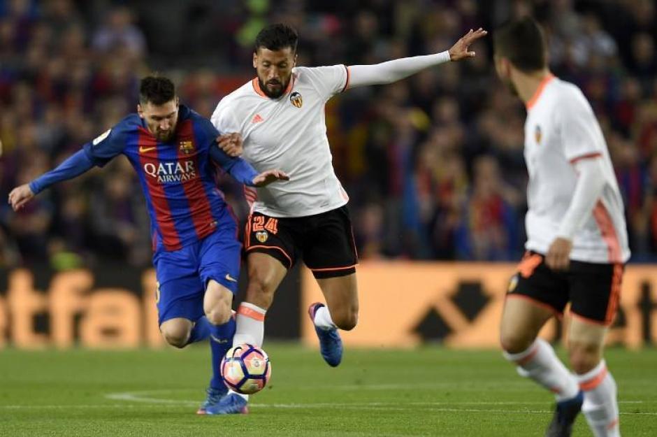 Lionel Messi le dio una ventaja momentánea al Barcelona. (Foto: AFP)