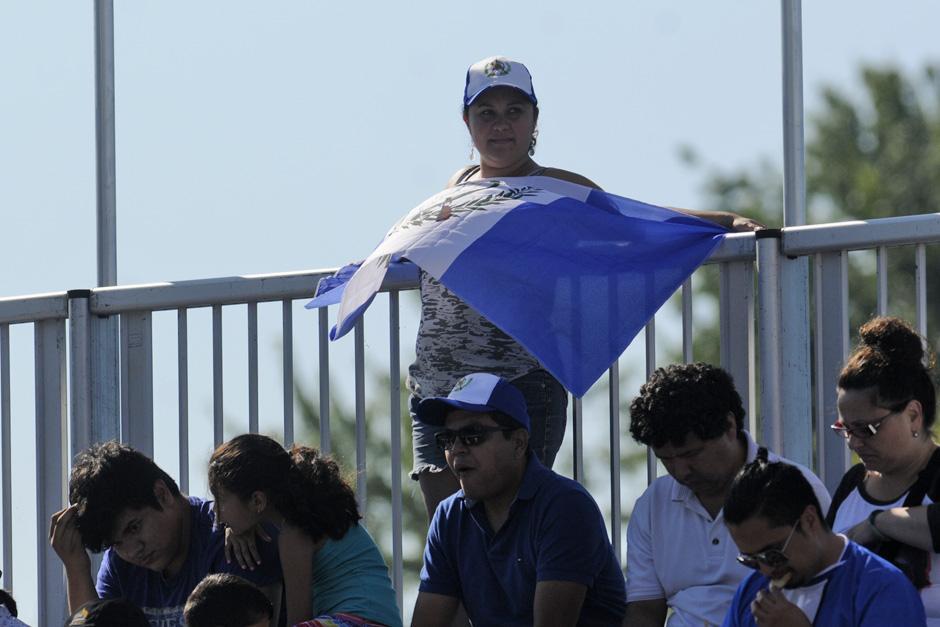 El apoyo hacia Barrondo fue notable en Toronto 2015. (Foto: Pedro Mijangos/Soy502)