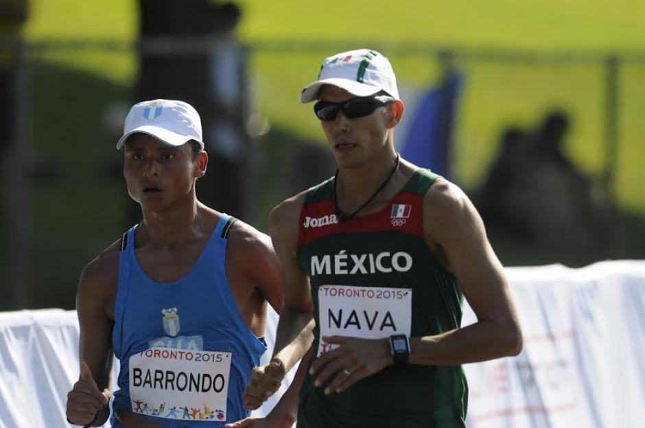 Barrondo y Nava tuvieron una dura lucha durante la competencia. (Foto: Pedro Mijangos/Soy502)
