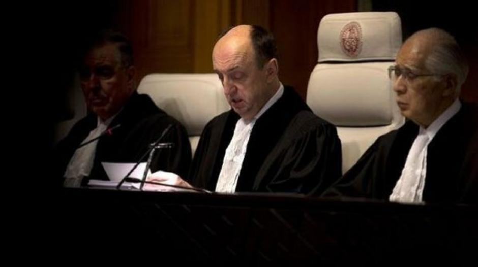 Juez Peter Tomka da lectura al fallo de La Haya / Foto: AP
