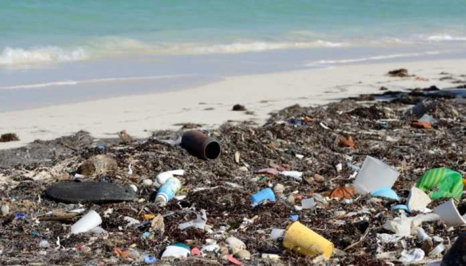 La basura abarrota las playas hondureñas. (Foto: Tiempo Digital)