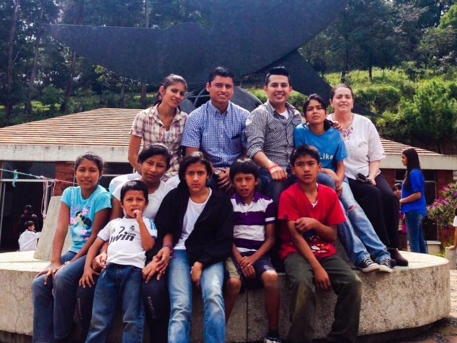 Ercik Barrondo, Mirna Ortíz, Hospicio San José, Pasión Asociación, Mark Arellano
