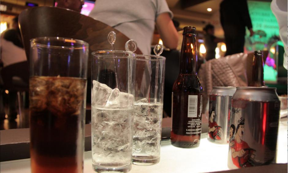 La iniciativa de ley contempla incrementar el impuesto a la cerveza y otros licores. (Foto: Archivo/soy502)