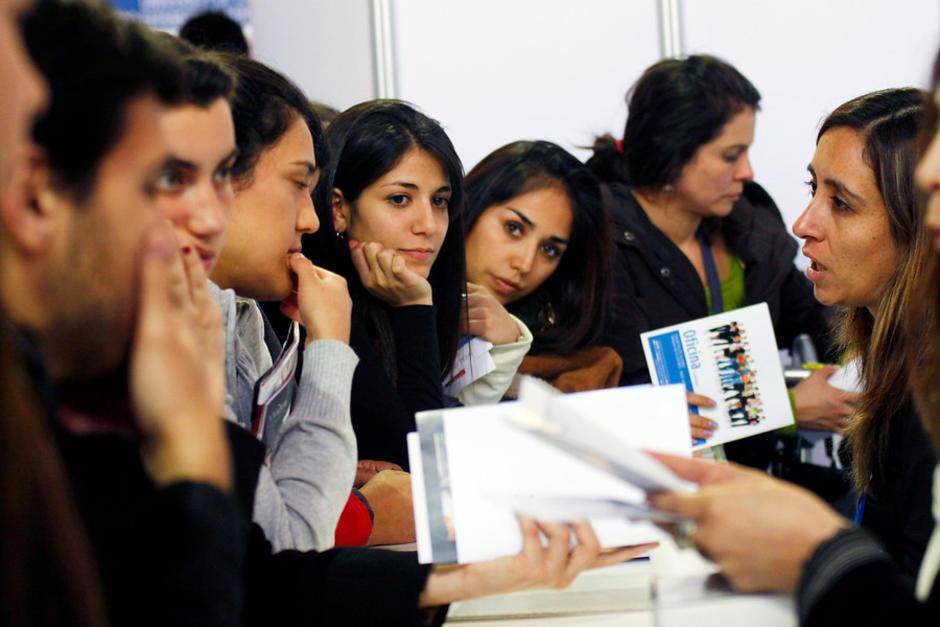 La convocatoria es especial para quienes no pueden pasar tanto tiempo fuera del país por su trabajo o estudios. (Foto: 24horas.cl)
