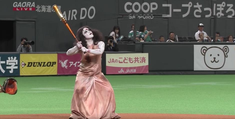 Los movimientos del terrorífico personajes se robaron las miradas de los espectadores.  (Captura de pantalla: Panda Puppet/YouTube)
