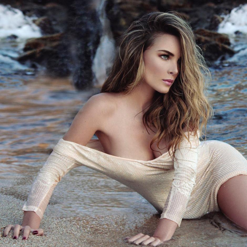 """La cantante mexicana tiene 26 años y está realizando grabaciones con Víctor el """"Nasi"""". (Foto: revistamax.com)"""