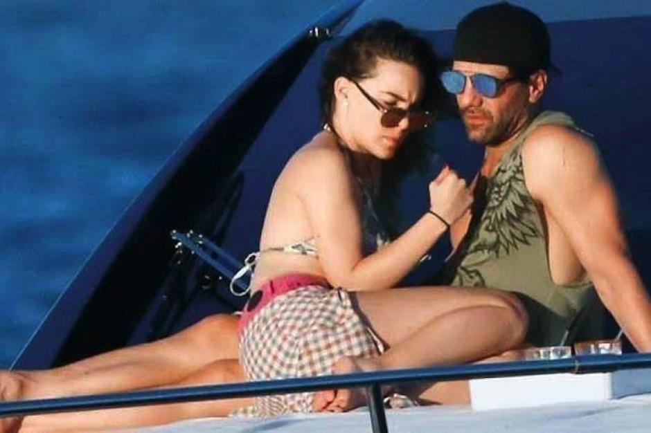 Los famosos no temen presumir su relación ante los paparazzi. (Foto: e-consulta.com)