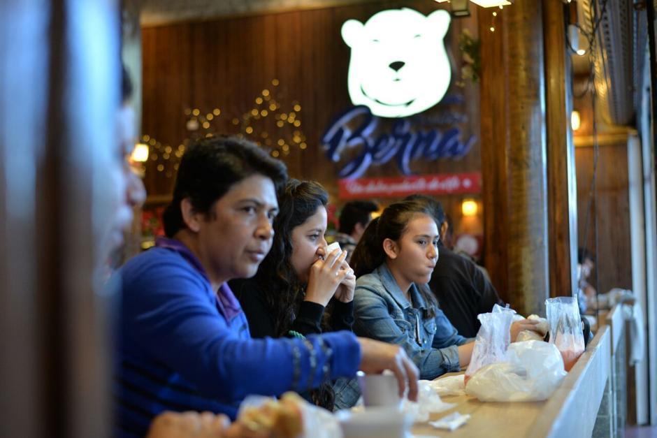 La popular panadería Berna podría ser cerrada por evasión de impuestos. (Foto: Archivo/Soy502)