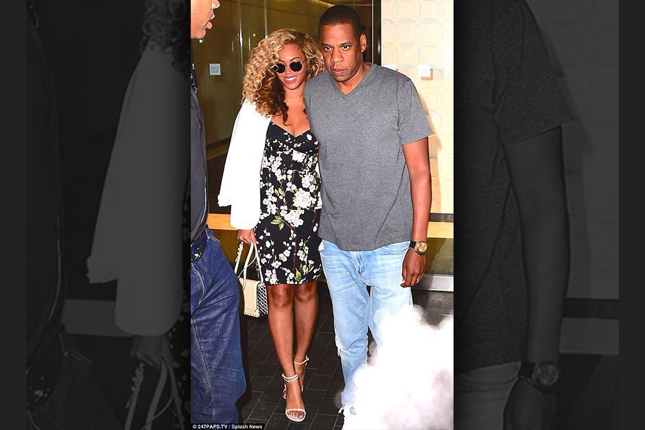 A diferencia de su esposa, Jay Z vestía más casual, contrastando con la elegancia de Beyoncé.(Foto: ACE/INFphoto)