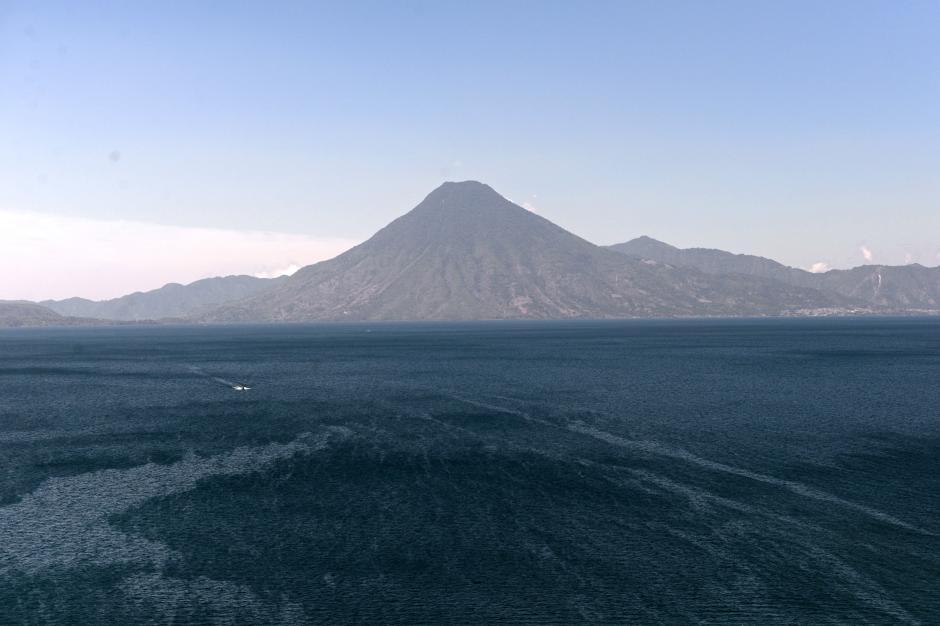 Atitlán es uno de los destinos favoritos de guatemaltecos y extranjeros. (Foto: Esteban Biba/Soy502)