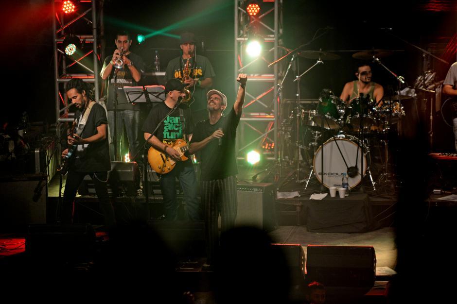 La banda con más de 25 años de trayectoría en el reggae, se presentó por primera vez en el país. (Foto: Esteban Biba/Soy502)