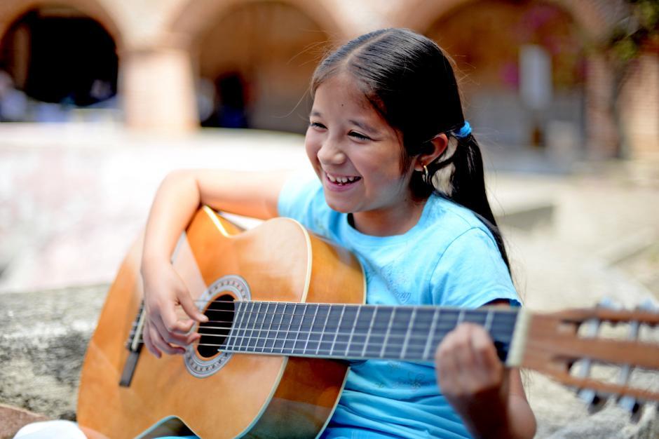 La iniciativa Sonidos Para la Vida busca incluir a jóvenes de Sacatepéquez en programas de música. (Foto: Esteban Biba/Soy502)